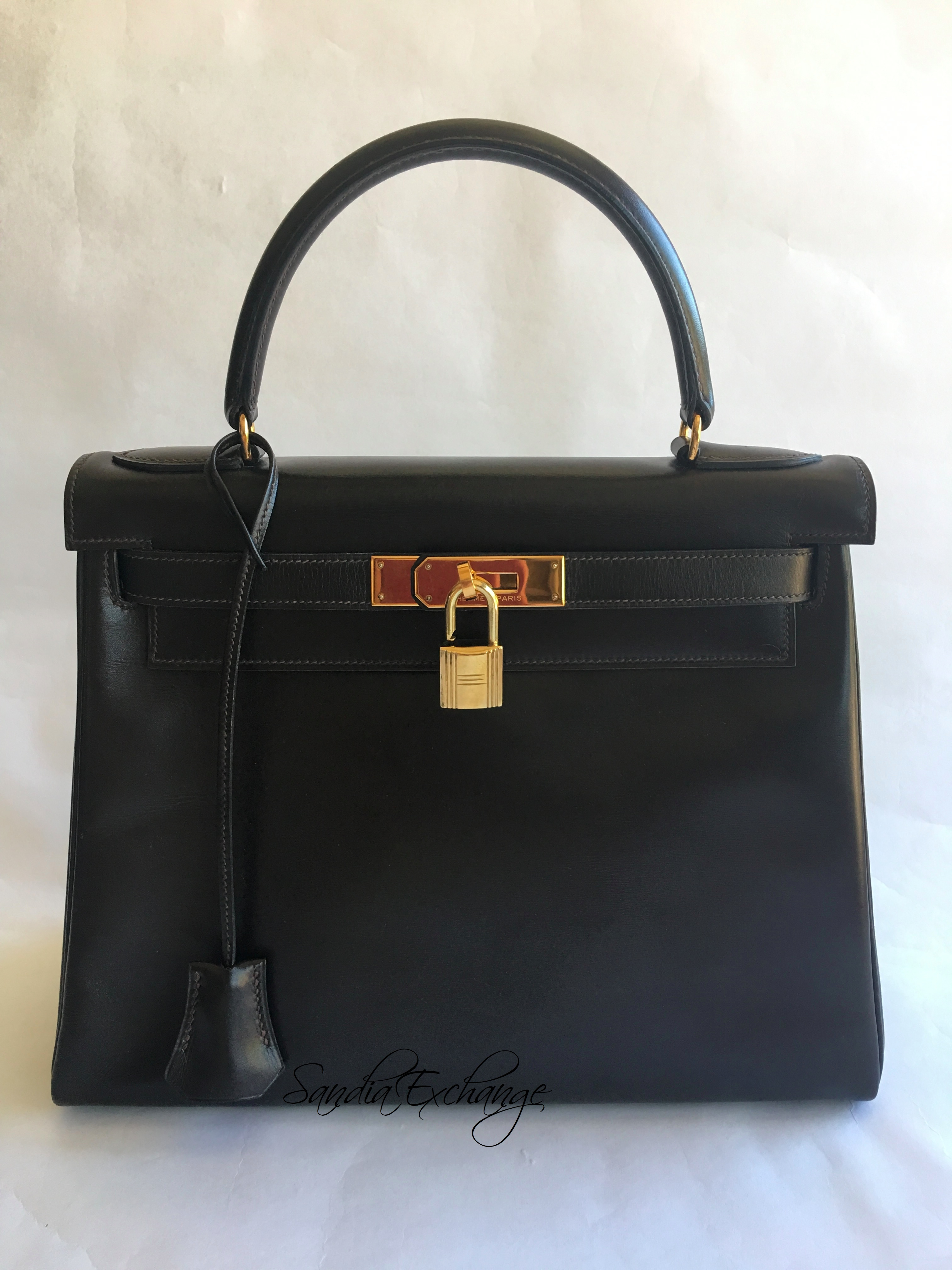 73c3ca7beac9 HERMES Kelly 28 cm Chocolate Box Calf Gold Hardware Authentic Vintage HERMÈS